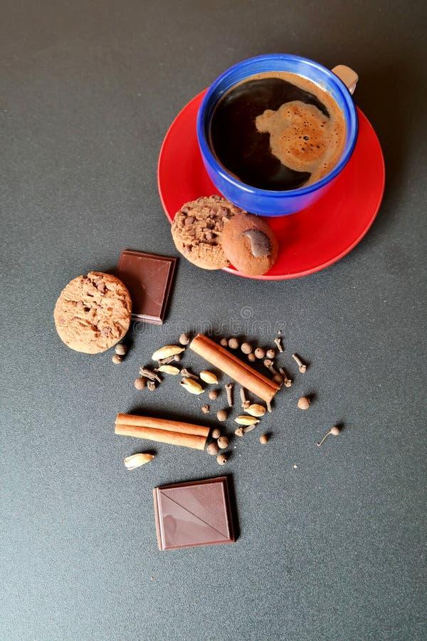 Tasse de Coffe avec des biscuits image libre de droits