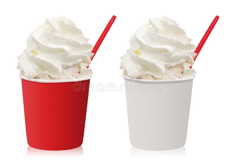 Tasse de crème glacée avec la crème fouettée d'isolement sur le fond blanc Glace de vanille dans le seau vide photographie stock libre de droits
