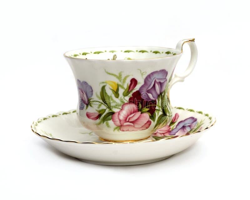 Download Tasse De Thé Et Soucoupe Avec Les Becs D'ancre Doux Photo stock - Image du porcelaine, roses: 735124