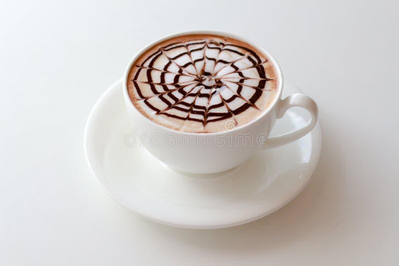 Tasse Kaffee Lattekunst stockfotos