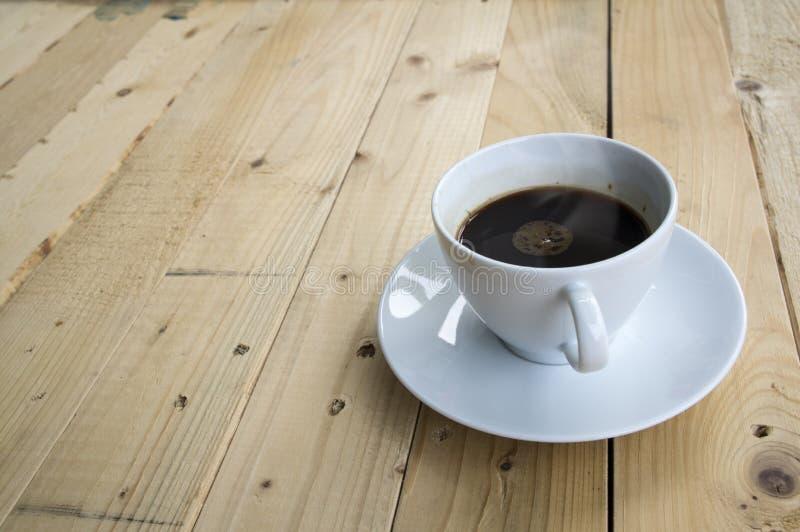 Tasse Kaffee-Morgen lizenzfreie stockfotos