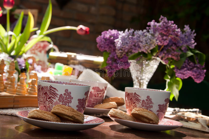 Tassen Tee lizenzfreie stockbilder