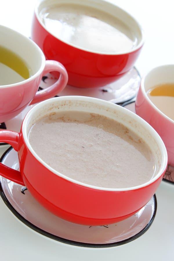 Tasses de boissons chaudes image libre de droits