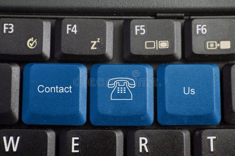 Tastatur - bringen Sie uns in Kontakt lizenzfreie stockfotos