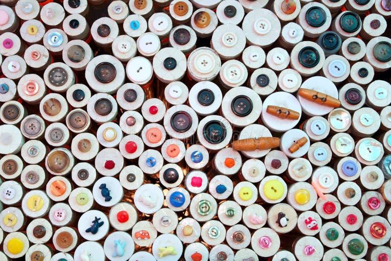 Tasten im Einzelhandelsgeschäft der Kurzwaren stockfotografie