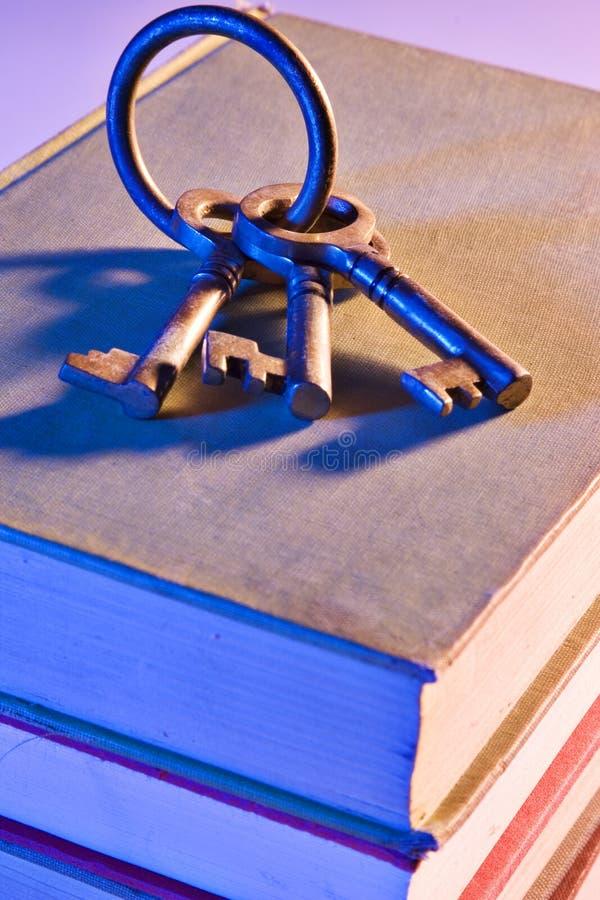 Tasten zur Hochschulbildung lizenzfreie stockfotos