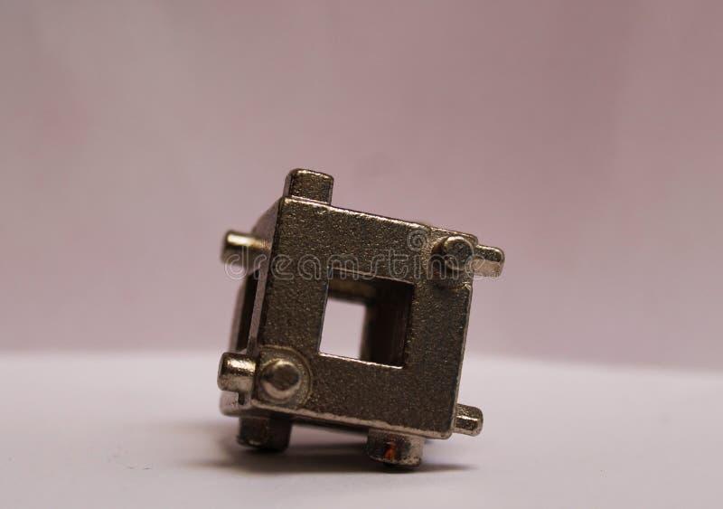 Tasterzirkelwerkzeug benutzt, um Brucharbeiten zu erledigen stockfotos