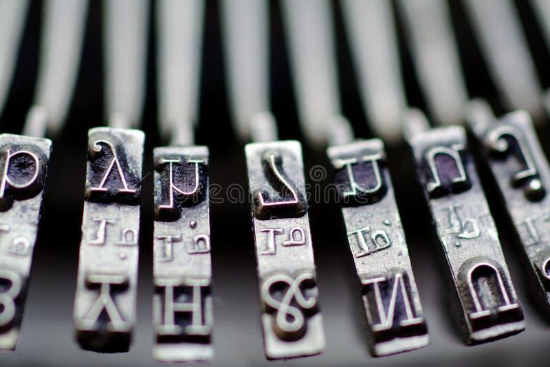 Tasti della macchina da scrivere dell'annata fotografie stock libere da diritti