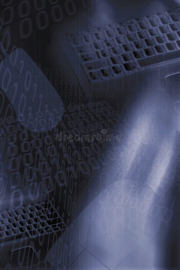 Tastiere, numeri binari e priorità bassa del mouse immagini stock