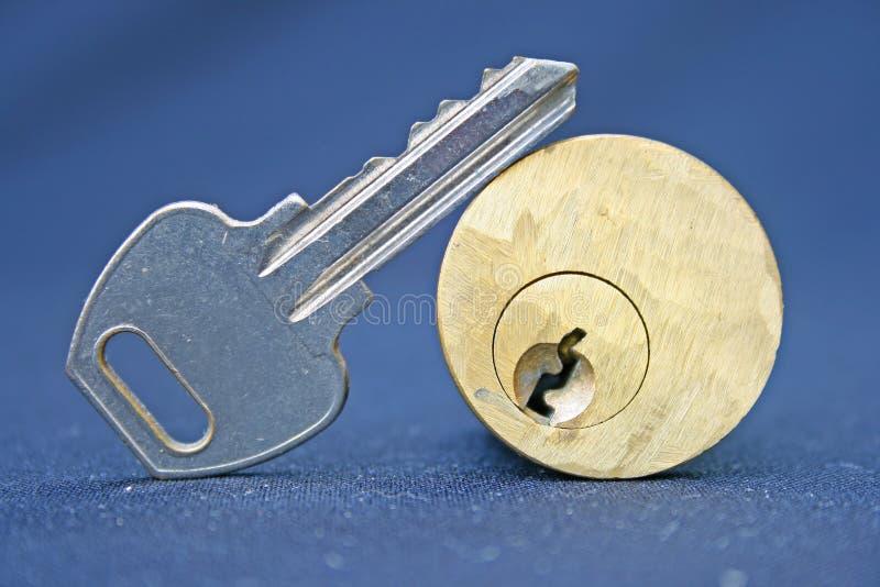 Tasto e serratura del portello immagini stock libere da diritti