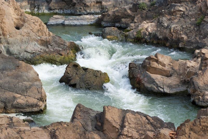 Tat Somphamit (Li Phi Falls) lizenzfreies stockfoto