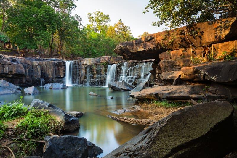 Tat Ton Waterfall Chaiyaphum, Thailand arkivfoton