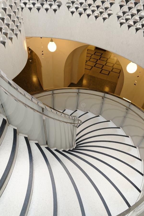 Tate Britain Spiral Staircase alinhadores longitudinais arquitet?nicos Colunas cl?ssicas foto de stock