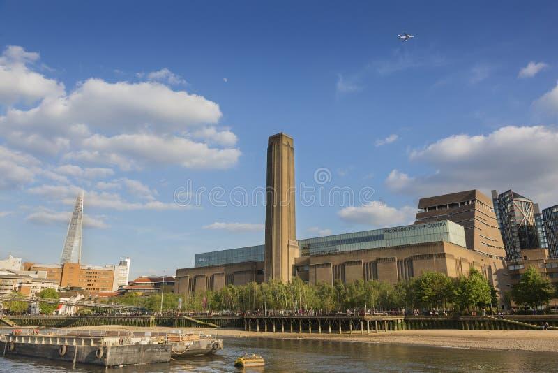 Tate Modern galleri fotografering för bildbyråer
