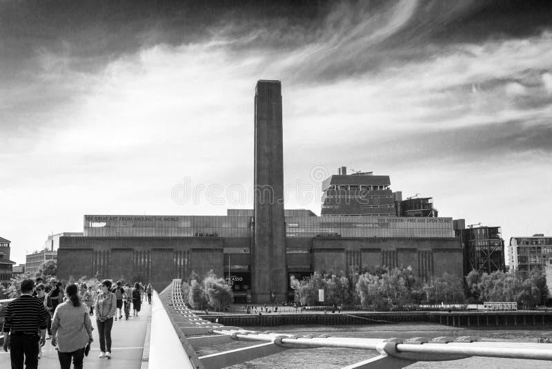 Tate Modern-Kunstmuseum errichtete ursprünglich 1947 als Kraftwerk London, England, Großbritannien, am 1. September stockbilder