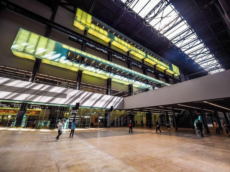 Tate Modern Turbinowy Hall w Londyn, hdr zdjęcie stock