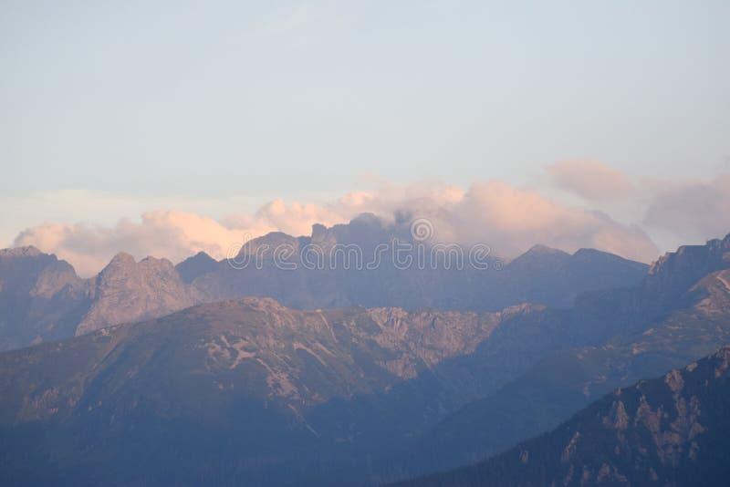 Tatras nebulosos foto de stock royalty free