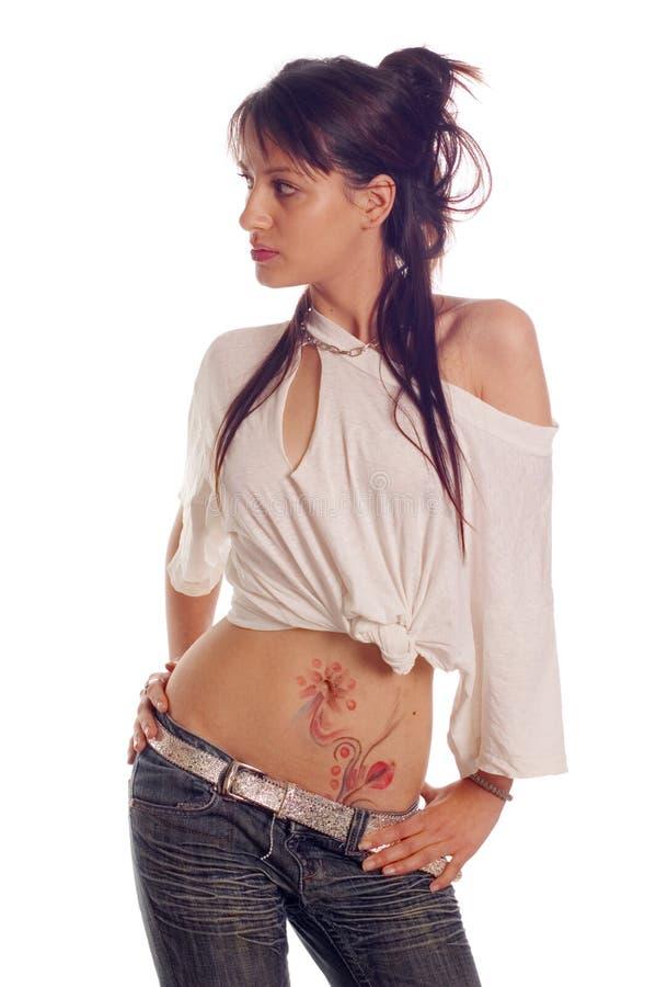 Tatuaje y camiseta rasgada imagen de archivo libre de regalías