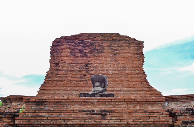 Tatue van Boedha in Wat Mahatat, Ayutthaya stock afbeeldingen