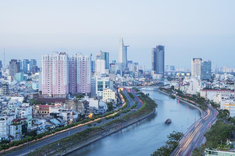 Tau Hu Canal de la alta visión en la ciudad de Ho Chi Minh, Vietnam imagenes de archivo