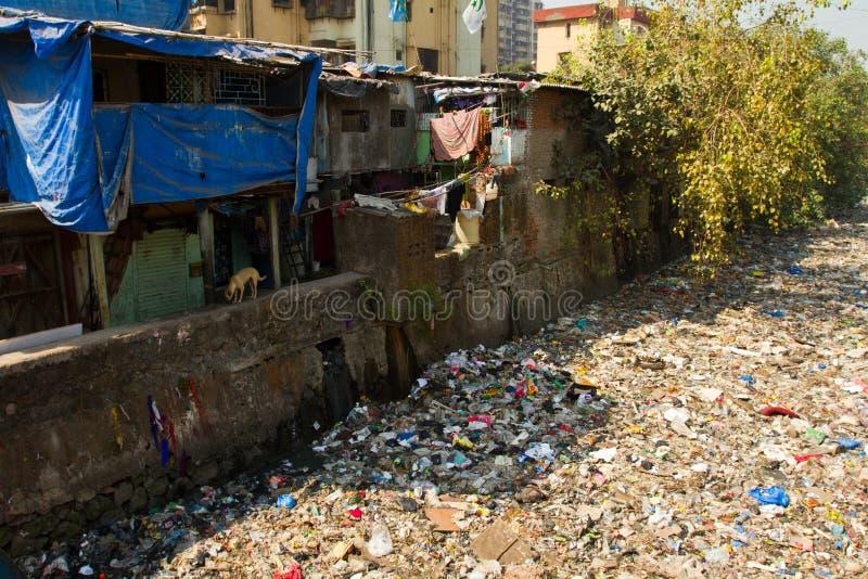 Taudis de Dharavi de Mumbai, Inde photo stock
