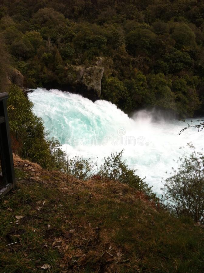 Taupo-Flussrasen stockfoto