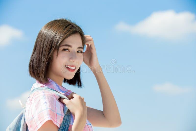 Tavel del estudiante y feliz asiáticos fotografía de archivo libre de regalías