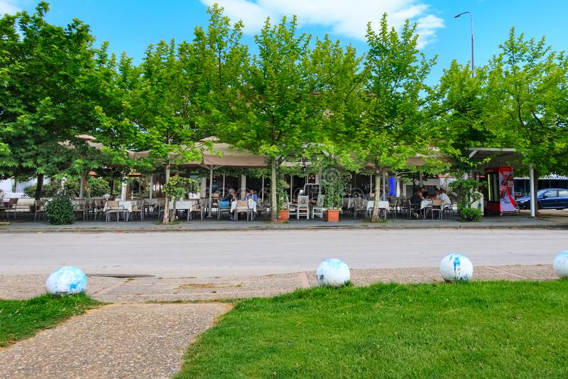 Taverna, café y restaurante griegos típicos, Grecia fotos de archivo libres de regalías