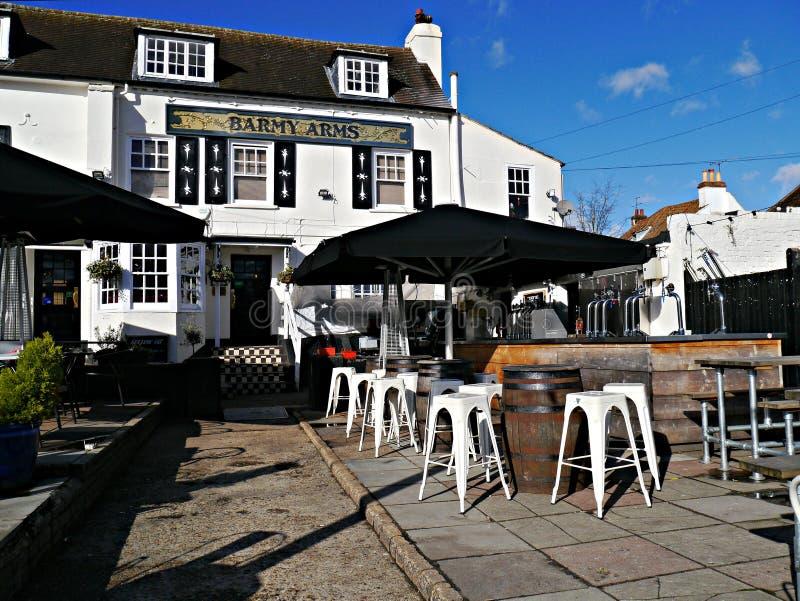 Taverne de bras tarés dans Twickenham Londres R-U photographie stock libre de droits