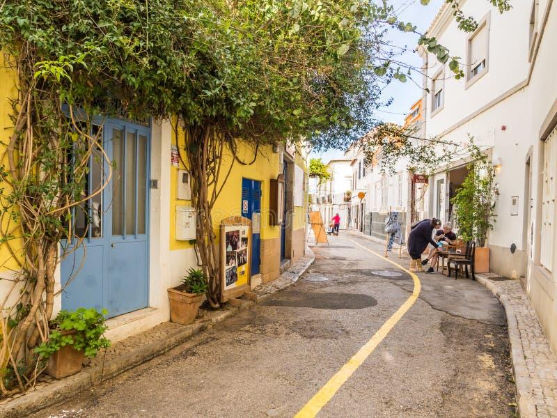 Tavira dans la région d'Algarve dans les sud du Portugal photographie stock libre de droits