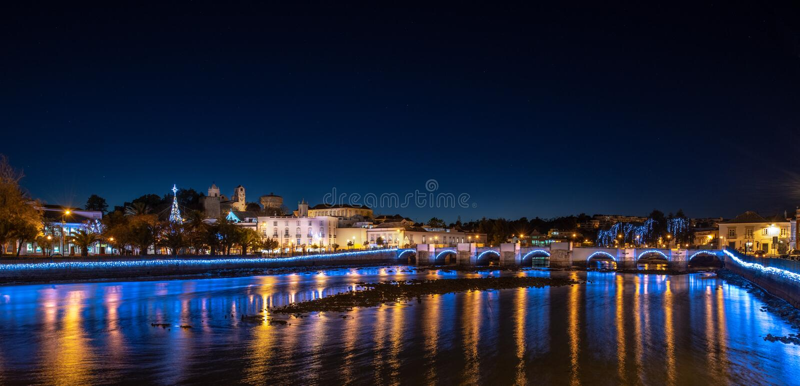 Tavira Portugal la nuit photos stock