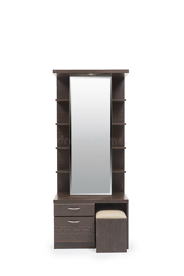 Tavola di condimento color cioccolato di marrone scuro adatta a camera da letto moderna senza un ottomon fotografie stock libere da diritti