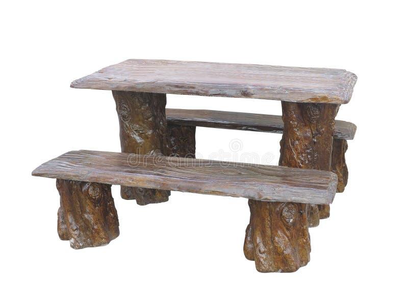 Tavola di legno e sedie dei mobili da giardino di Brown isolate sopra il whi fotografia stock