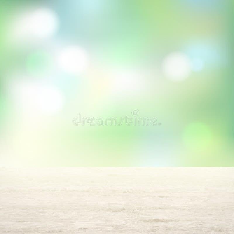 Tavola di legno su fondo degli alberi Sfuocatura verde chiaro del fondo illustrazione di stock
