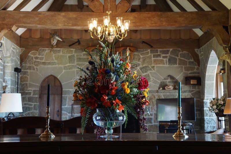 Tavola medievale della sala da pranzo fotografia stock for Pianta della sala da pranzo