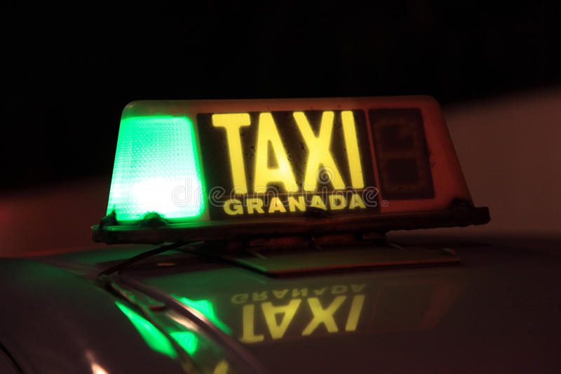 Taxa i Granada, Spanien arkivbild