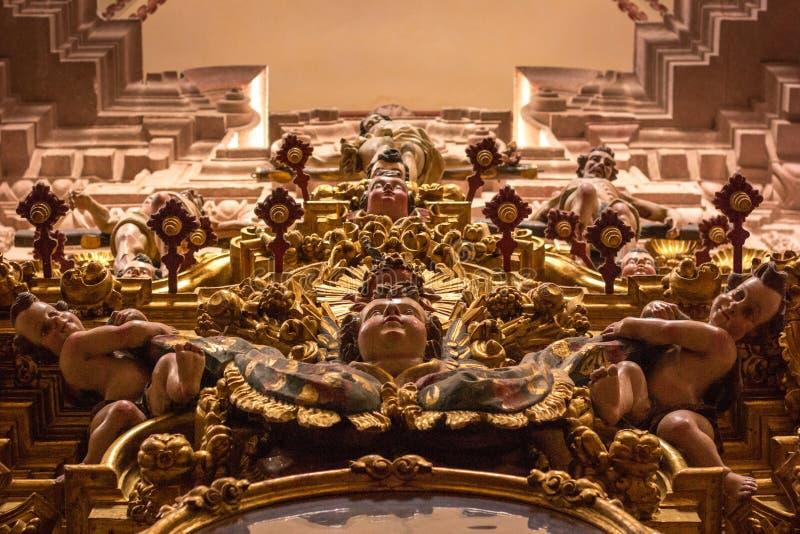 Taxco,格雷罗州教会  墨西哥 里面 免版税图库摄影