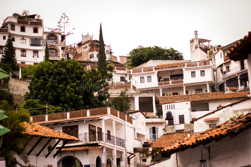 Taxco,格雷罗州colrful镇的图片  库存照片