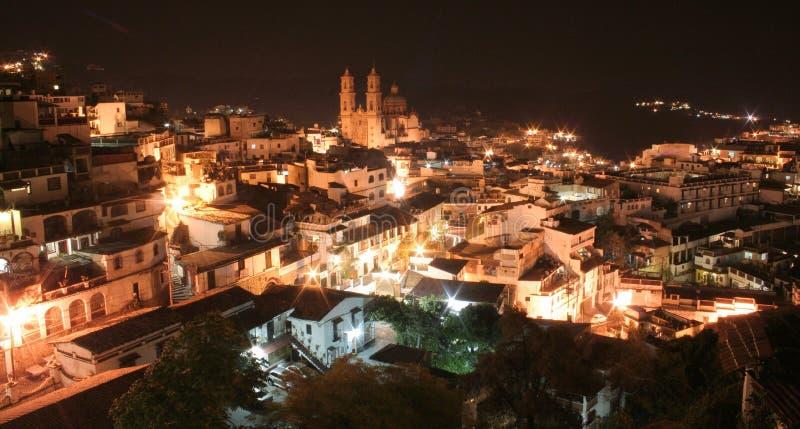 Taxco la nuit image stock