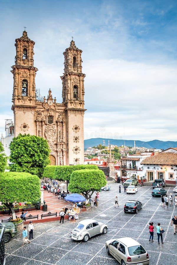 Taxco, Mexiko - 29. Oktober 2018 Hauptkathedrale von Santa Prisca lizenzfreie stockfotografie