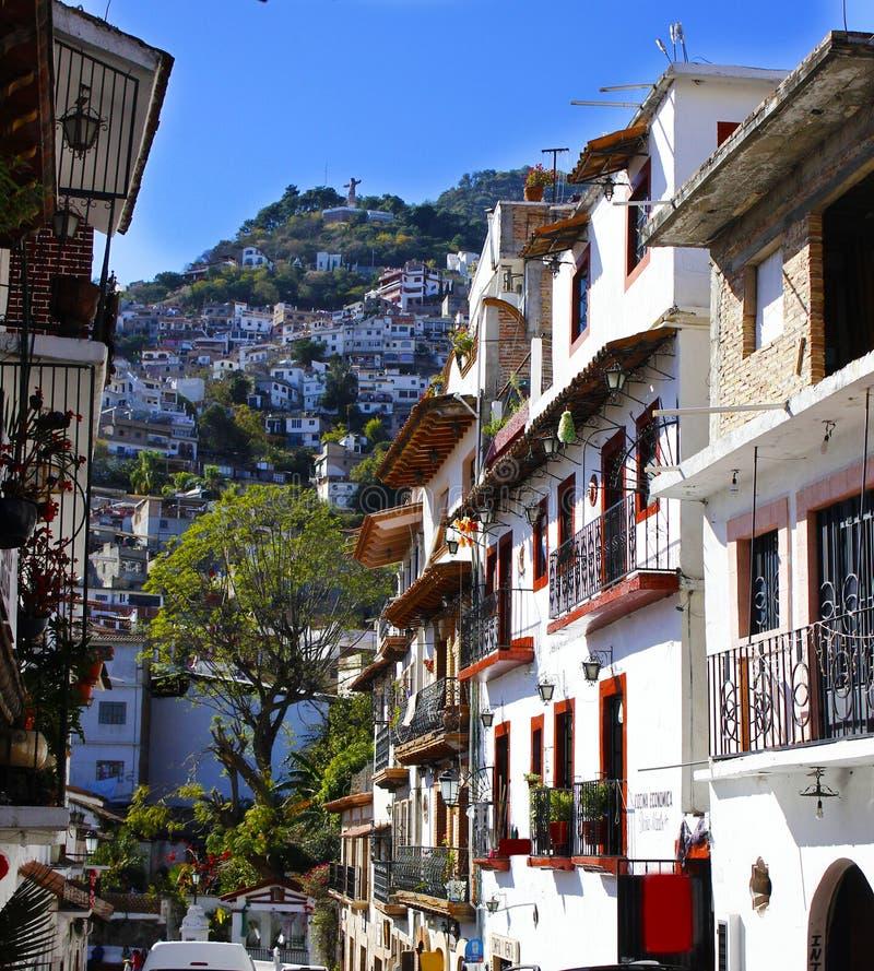 Taxco, uma cidade ascendente do monte foto de stock royalty free