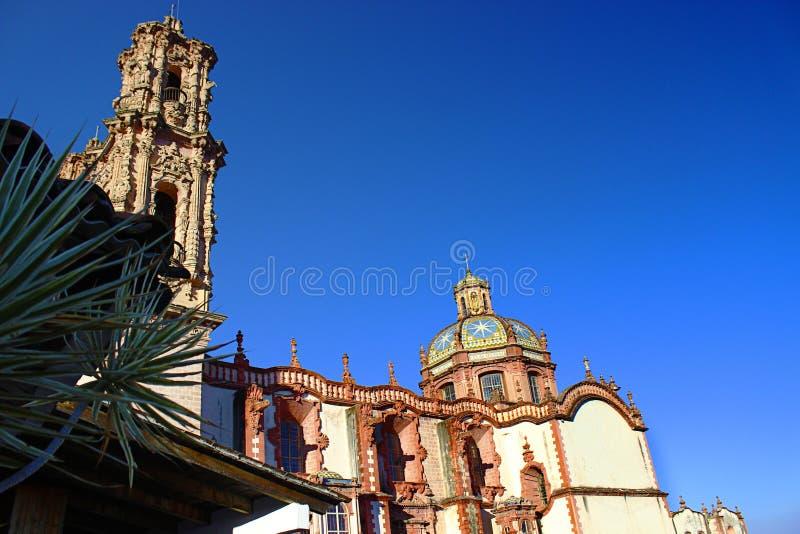 TaxcosÂs Hauptkirche St. Prisca lizenzfreie stockfotos