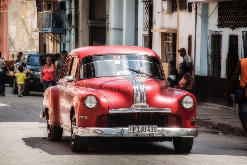 Taxi cubain rouge classique La Havane photos libres de droits