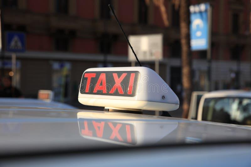 Taxi dans la ville de Palerme sicily photo stock