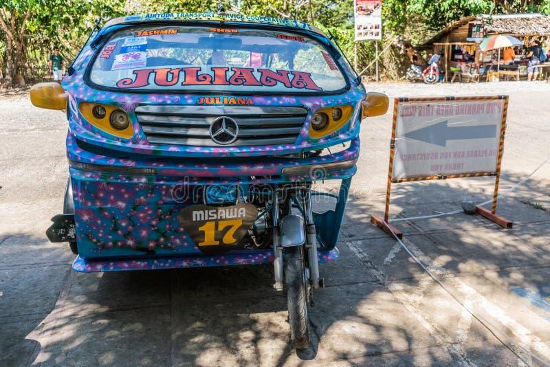 Taxi del motore-triciclo di Juliana in Puerto Princesa, Palawan, Filippine fotografie stock