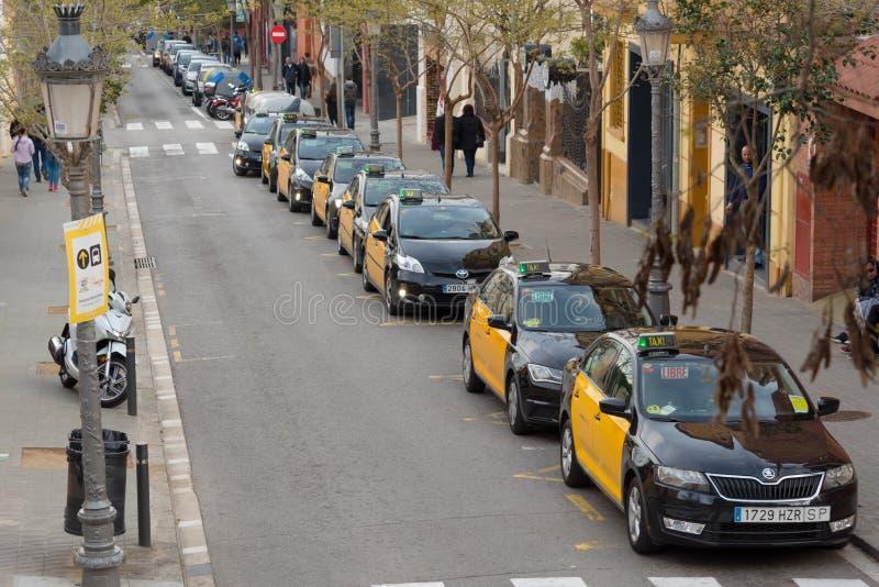 Taxi i Barcelona, Spanien fotografering för bildbyråer