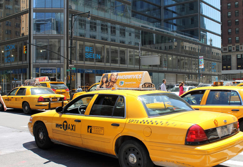 taxi jaune de new york city image ditorial image du. Black Bedroom Furniture Sets. Home Design Ideas
