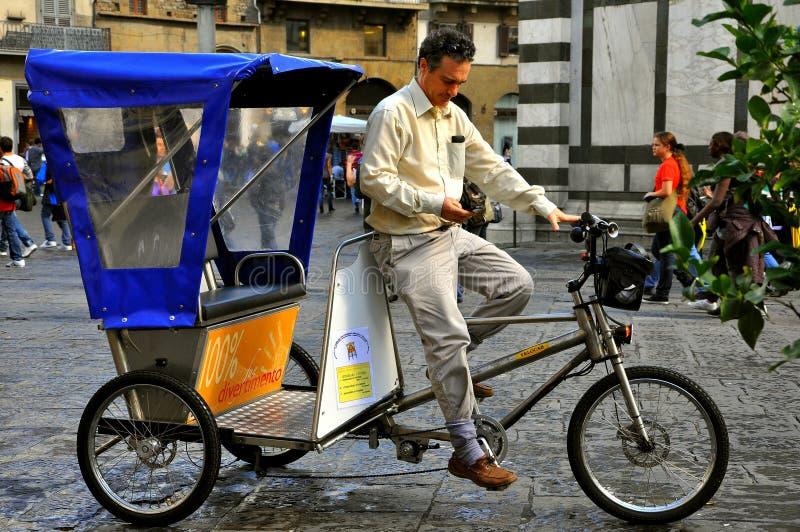 Taxi met drie wielen stock afbeelding