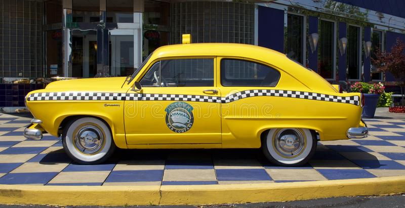 Taxi på Jackie B Goodes Uptownkafé, Branson Missouri arkivbilder