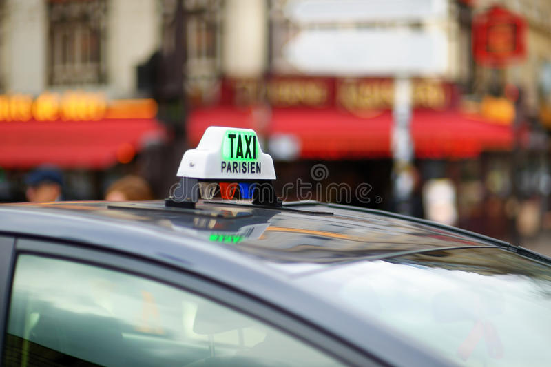 Taxi in Paris stockfotos